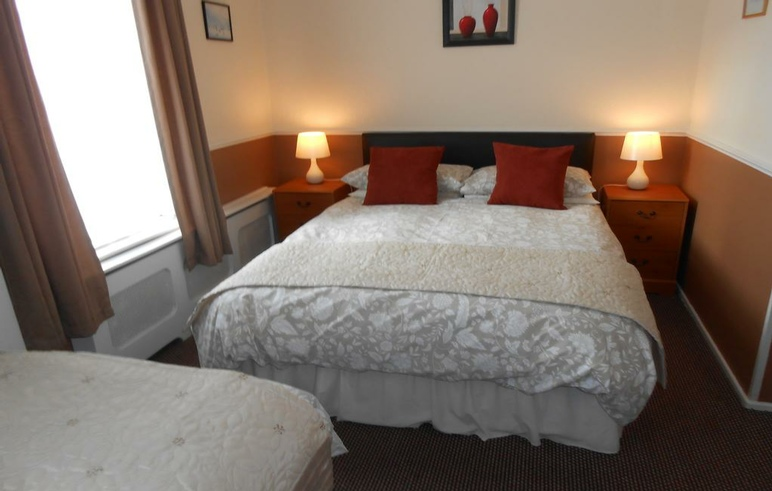 Ensuites available at the Shirley Heights, Coronation Street, Blackpool